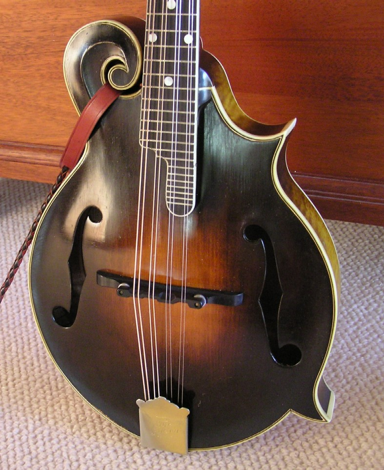 How to Determine the Value of a Vintage Mandolin
