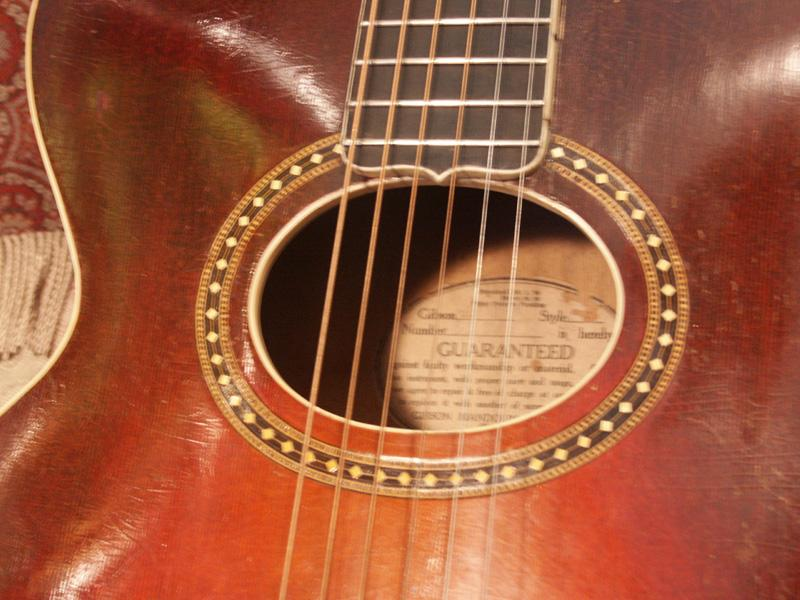 Gibson acoustic serial dating