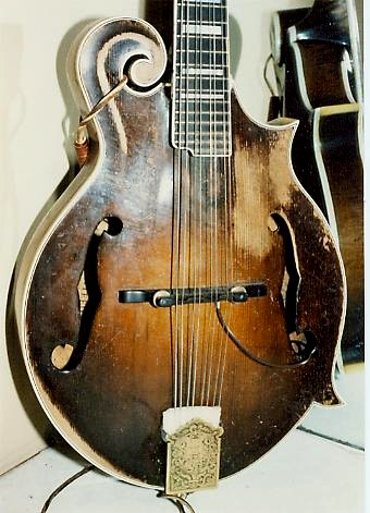 The Mandolin Archive: 1937 Gibson F5 Mandolin #95155